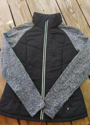 Спортивна куртка з комбінованими рукавами