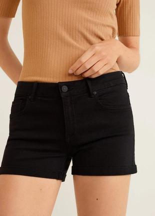 Женские черные джинсовые шорты xs-s, s-m mango оригинал