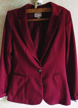 Стильный пиджак pull&bear