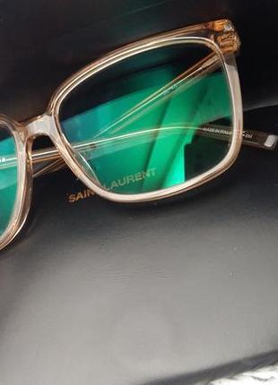 Стильні окуляри ysl