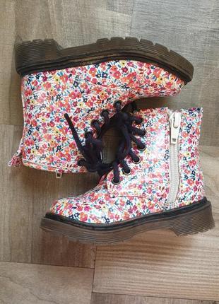 Ботинки в цветочки next