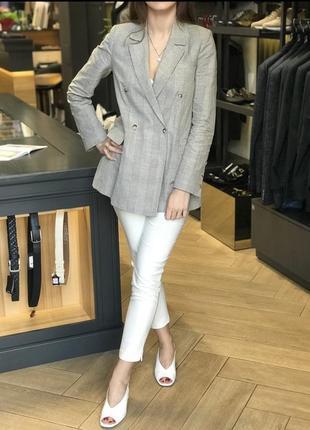 Пиджак sophene в размерах , брюки белые в размерах