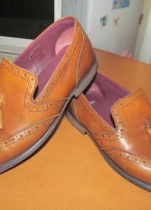 Брендовые кожаные туфли clarks