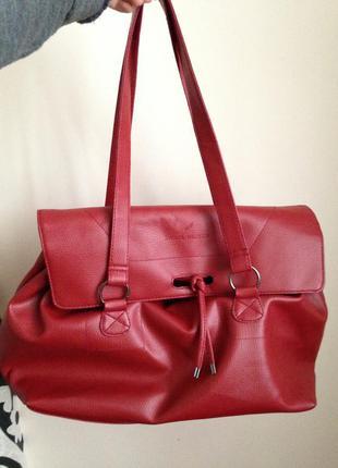 Бордовая сумка с отличном состоянии