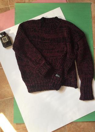 Женский свитер оверсайз бордовый