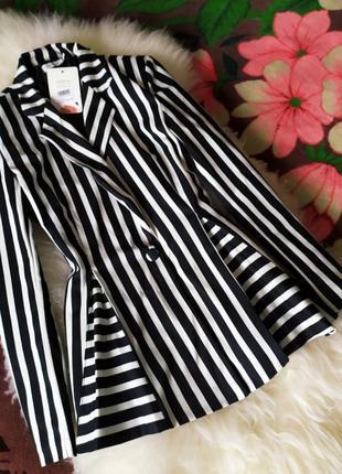 Классный пиджак в полоску (италия)