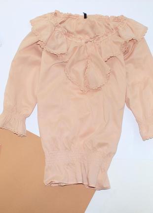 Шикарная котоновая легкая блуза на резинках с рюшами , очень женственно