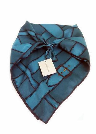 Burberry heritage buckle шелковый шарф/платок