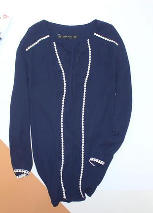 Приятная красивая классическая блуза zara
