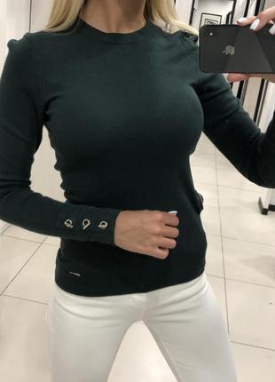 Базовый свитер бутылочного цвета легкий джемпер. mohito. размер s.