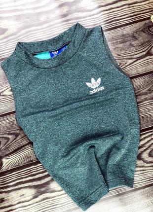 Топ с горлом {маечка} adidas изумрудного цвета