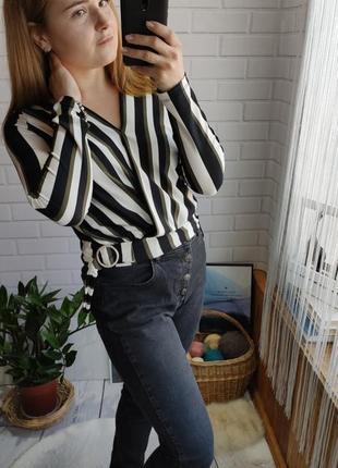 Трикотажная блуза amisu с эмитацией запаха