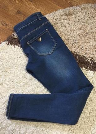 Крутые зауженные джинсы guess гесс slim fit р.25-26
