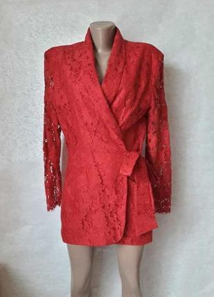 Фирменный wallis удлинённый кружевной пиджак на запах сочного красного цвета, размер хл