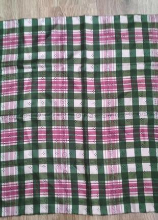 Маленький шелковый платок, шов роуль