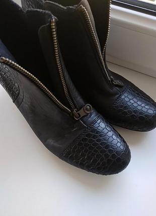 Сапожки, чобітки rieker шкіра10 фото