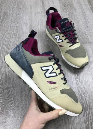 Отличные свеженькие кроссовки new balance