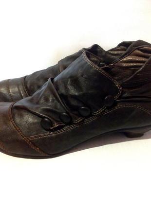 Удобные ботильоны / ботинки от бренда mustang, р.43 код b4302