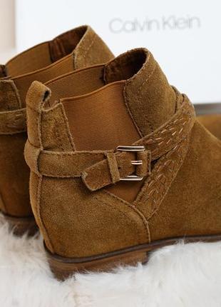 Шикарные замшевые ботинки stradivarius