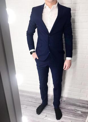 Мужской синий классический костюм broswil