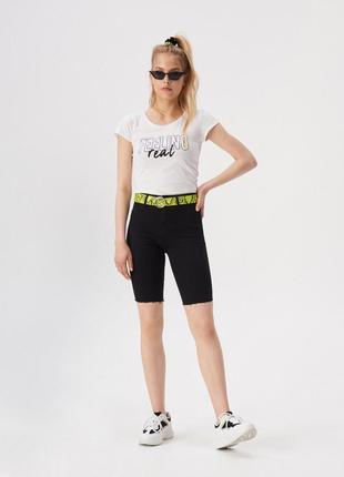 10-85 жіноча футболка sinsay з написом feeling real женская футболка