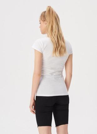 10-85 жіноча футболка sinsay з написом feeling real женская футболка3 фото