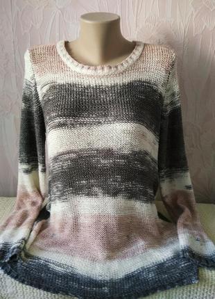 Симпатичный свитерок большого размера