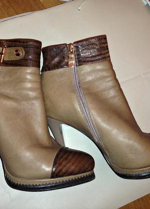 Стильные модные высокий каблук кожаные фирменные демисезонные ботинки bigrope 40 размер