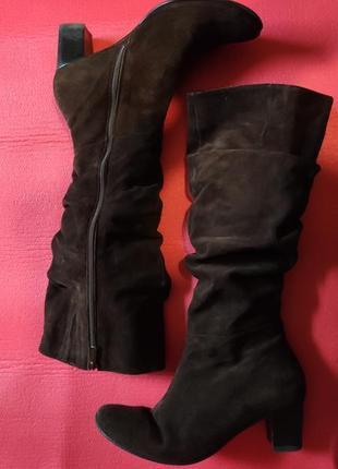 Демисезонное замшевые сапоги, сапоги на низком каблуке, ботфорты
