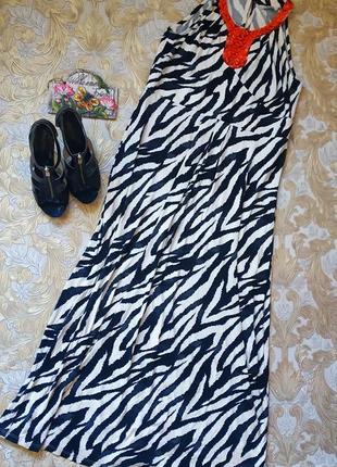 Нарядное платье. на бирке- 18 р-р(52)