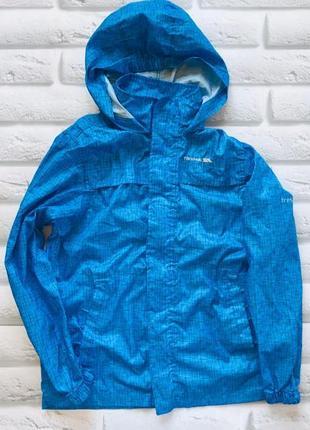 Trespass стильная куртка-ветровка на мальчика 11-12 лет