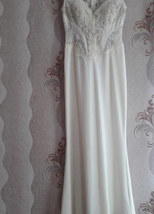 Продам свадебное(выпускное) платье. одевалось 1 раз.