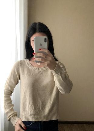 Стильный свитер свитерок