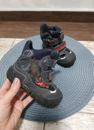 Ботинки демисезонные geox. детская бу обувь