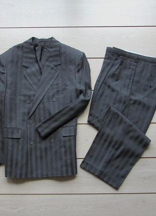 Новый фабричный деловой двубортный костюм двойка в полоску