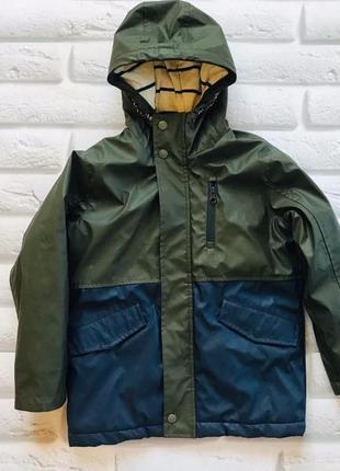 Next  стильная деми  куртка-макинтош  на мальчика 7 лет