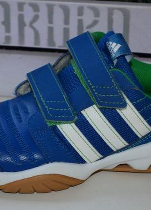 Кроссовки adidas оригинал р. 29 по стельке 18, 5 см