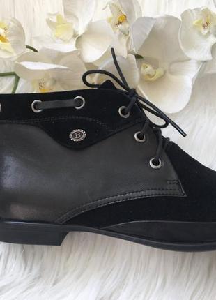Новые коженые туфли без каблука, туфли натуральная кожа 37