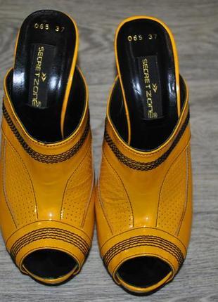 Новые брендовые secret zone 37 кожаные сабо босоножки оригинал желтые