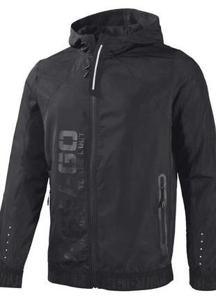 Стильная, легкая куртка, ветровка от немецкого бренда одежды для спорта
