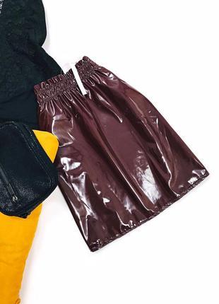 Лаковая юбка