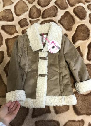 Новая демисезонная куртка дублёночка пальто 5-6 лет