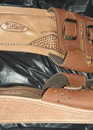 Коричневі босоніжки tiffany р38 еко шкіра нові