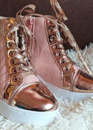 Ботинки-сникерсы( весна-осень)
