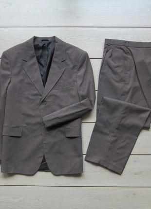 Новый фабричный деловой костюм двойка