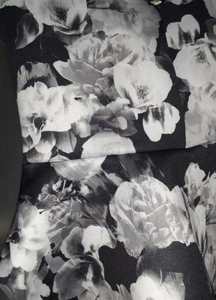 Блуза из дайвинга с немного опущенными плечами2 фото