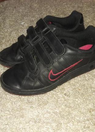 Кроссовки кожаные nike на липучках 38 размер