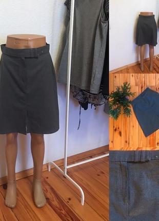 Классическая юбка юбочкам высокой талии от marks&spencer.