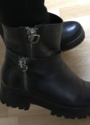 Ботинки сапоги кожа натуральная 38
