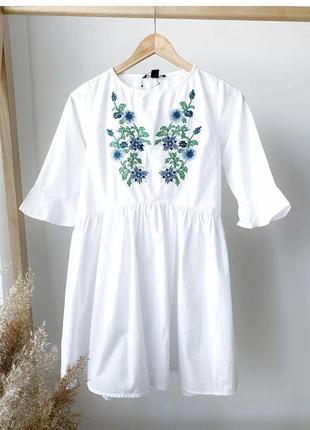 Біле плаття з вишивкою від h&m